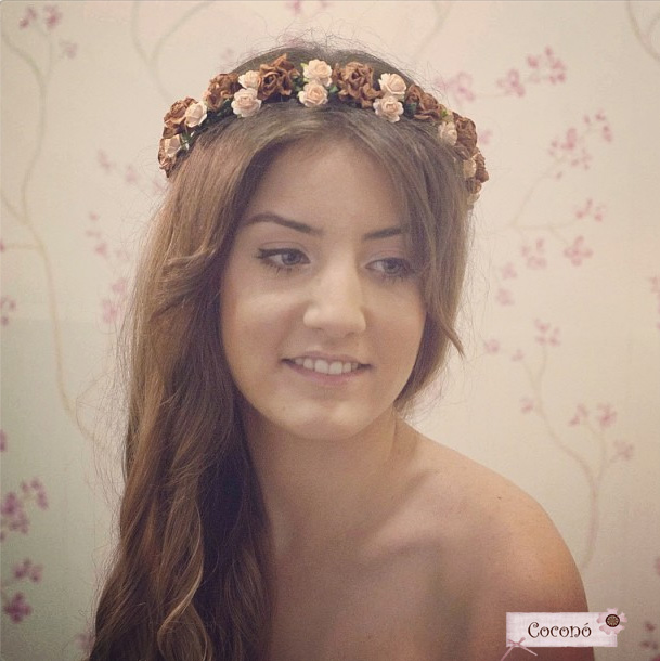 corona de flores setlan moda